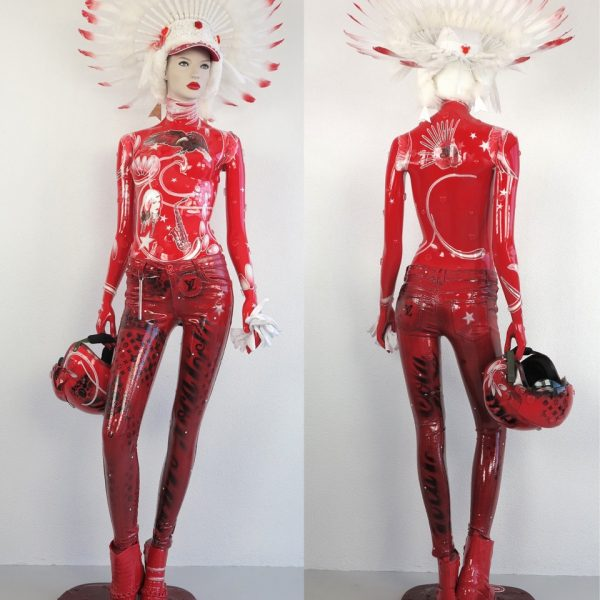 """David Cintract """"mannequin rouge pop libre"""" hauteur 190cm"""