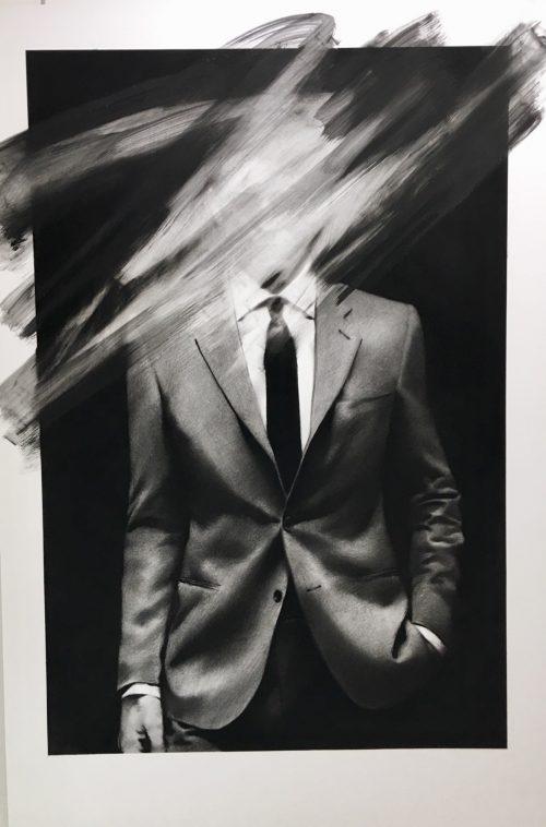 """Valentin van der Meulen """"costume""""Fusain sur papier 195 x 130 cm."""