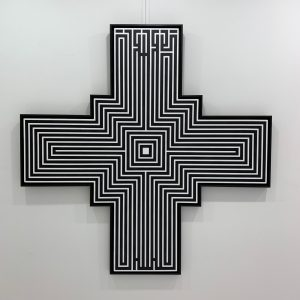 """l'Atlas """"Cross"""" 150 x 150 cm."""