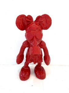 "James Colomina ""Minnie mouse"""